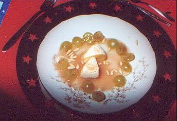 Lauwarmer Reblochon mit Trauben