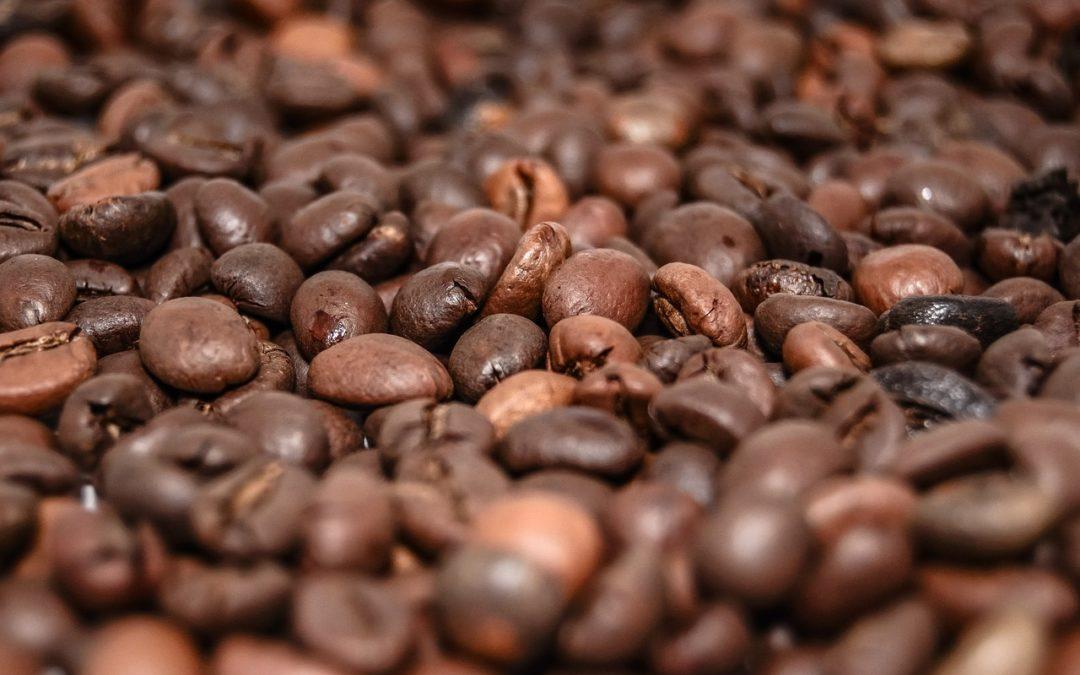 Espressogelee mit Vanille-Sahne