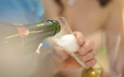 Lauwarmer Reblochon mit Fruchtsauce und Champagner-Zabaione