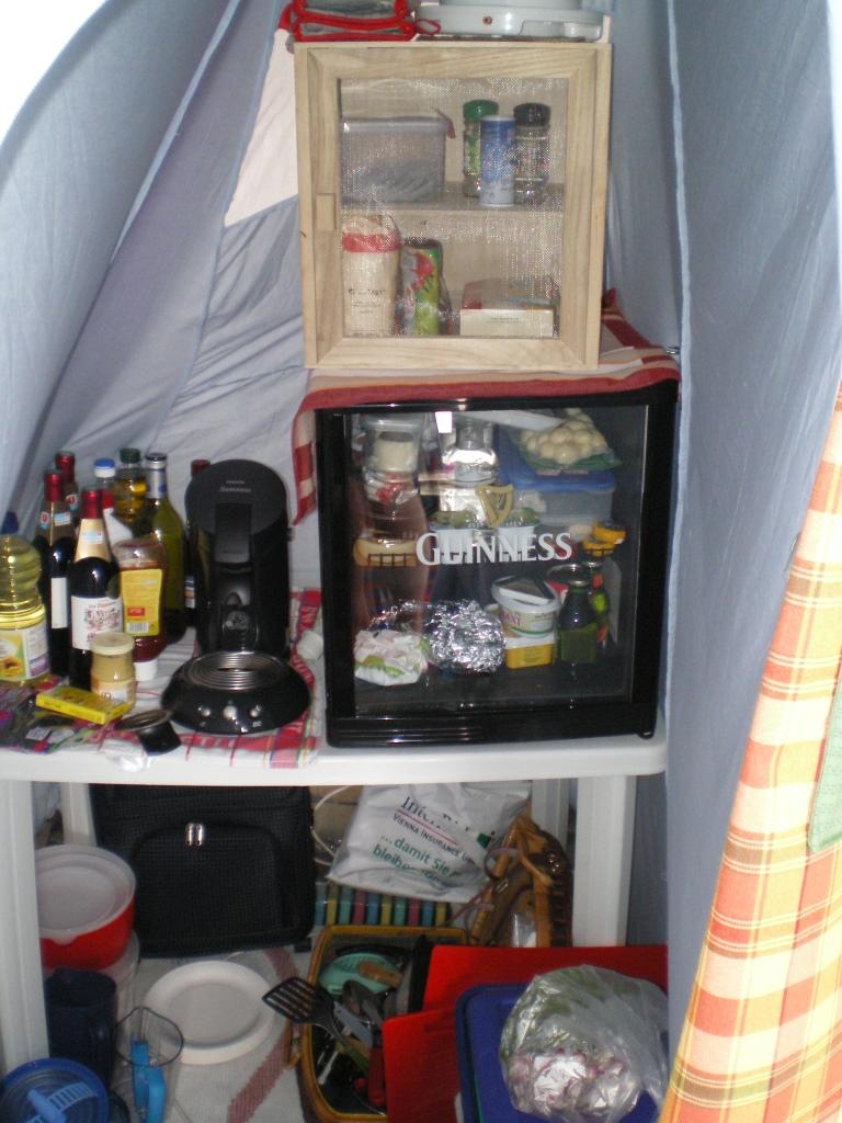 Speisekammer im Zelt - wenn das mal kein Luxus ist!