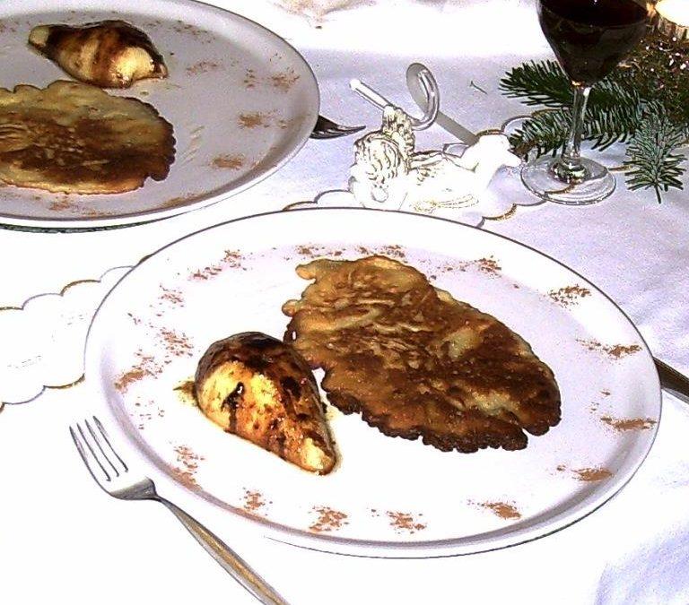 Roquefort-Blinis mit gebratener Birne